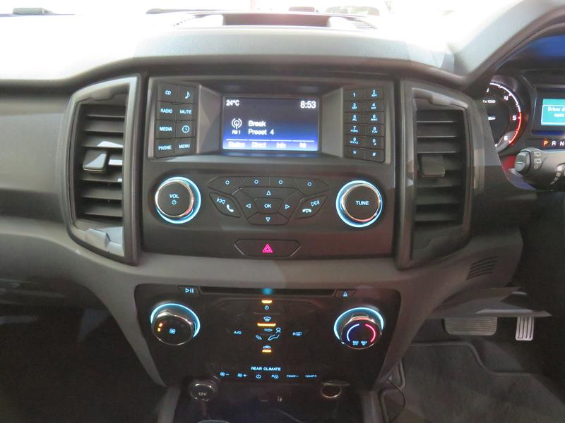 Ford Everest 2.2 Tdci Xls At Image 10