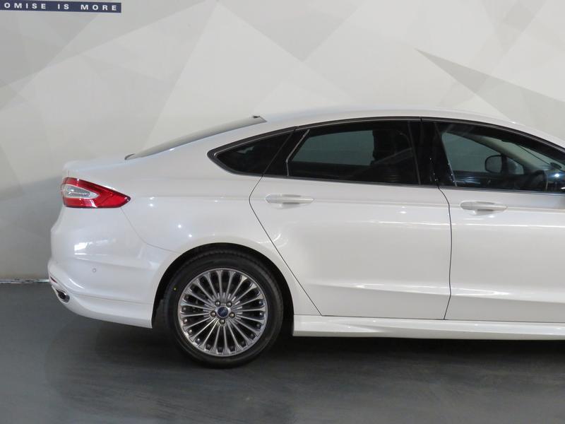 Ford Fusion 2.0 Tdci Titanium Powershift Image 5