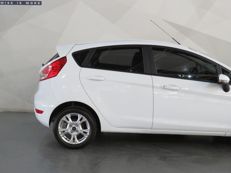 Ford Fiesta 1.0 Ecoboost Trend Image 5