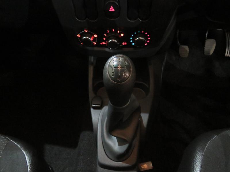 Nissan NP200 1.6 8V Image 11