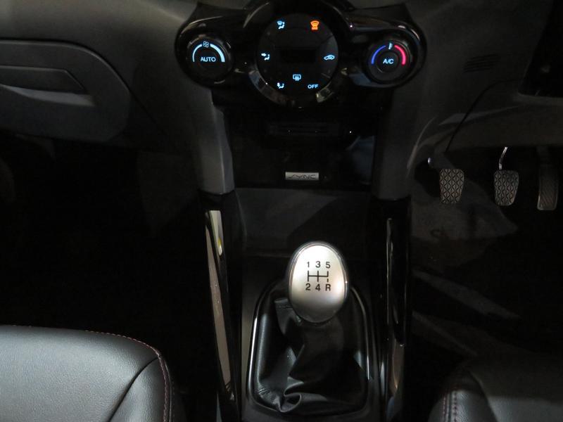 Ford Ecosport 1.0I Ecoboost Titanium Image 11