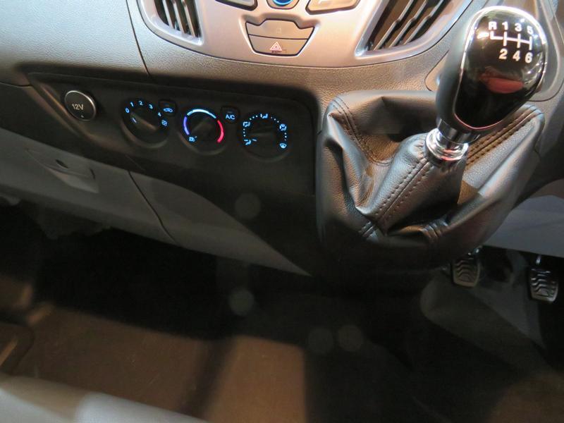 Ford Transit Custom 2.2 Tdci Sport Swb Image 10