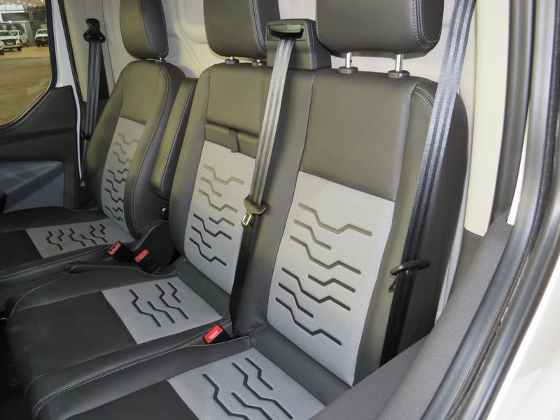 Ford Transit Custom 2.2 Tdci Sport Swb Image 14