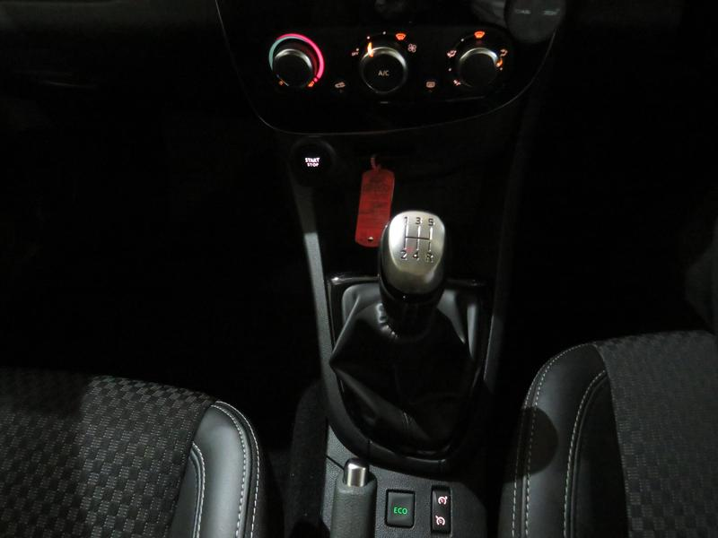 Renault Clio 4 0.8 Turbo Dynamique Image 12