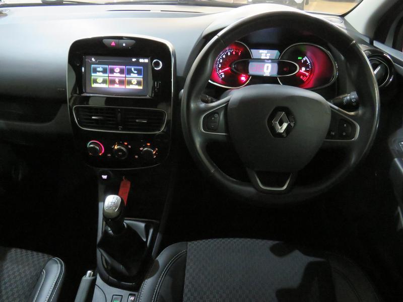 Renault Clio 4 0.8 Turbo Dynamique Image 14