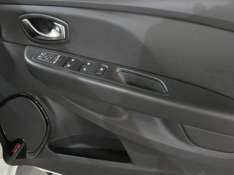 Renault Clio 4 0.8 Turbo Dynamique Image 6