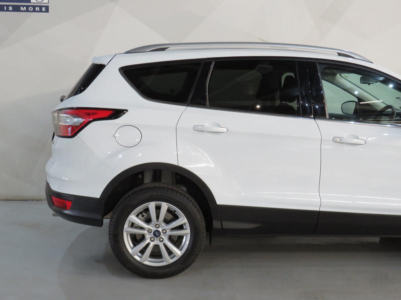 Ford Kuga 1.5 Ecoboost Ambiente Fwd Image 5