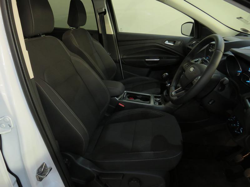 Ford Kuga 1.5 Ecoboost Ambiente Fwd Image 8