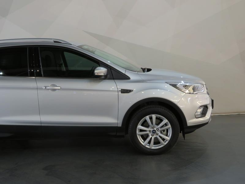 Ford Kuga 1.5 Tdci Ambiente Fwd Image 4