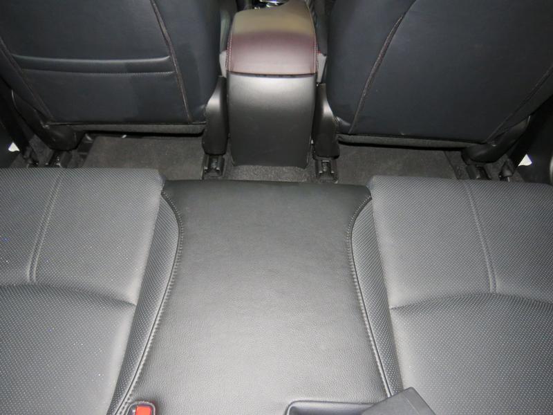 Mazda 3 2.0 Individual 4-Door Image 14