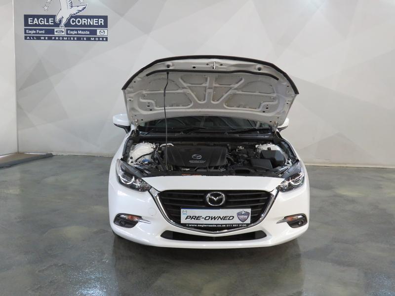 Mazda 3 2.0 Individual 4-Door Image 17