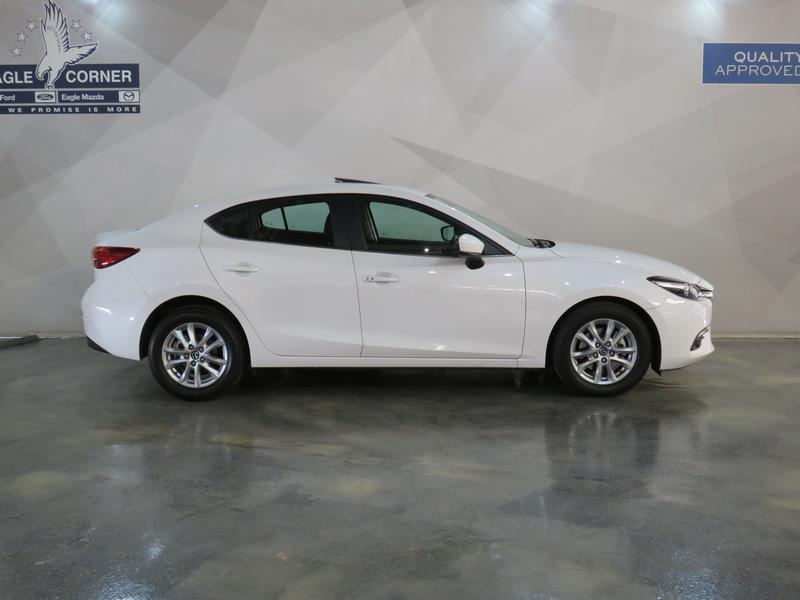 Mazda 3 2.0 Individual 4-Door Image 2