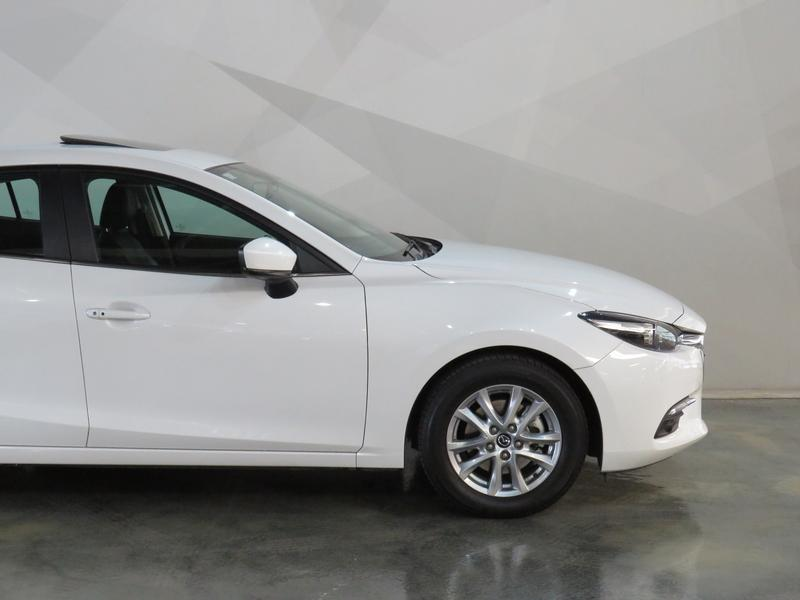 Mazda 3 2.0 Individual 4-Door Image 4