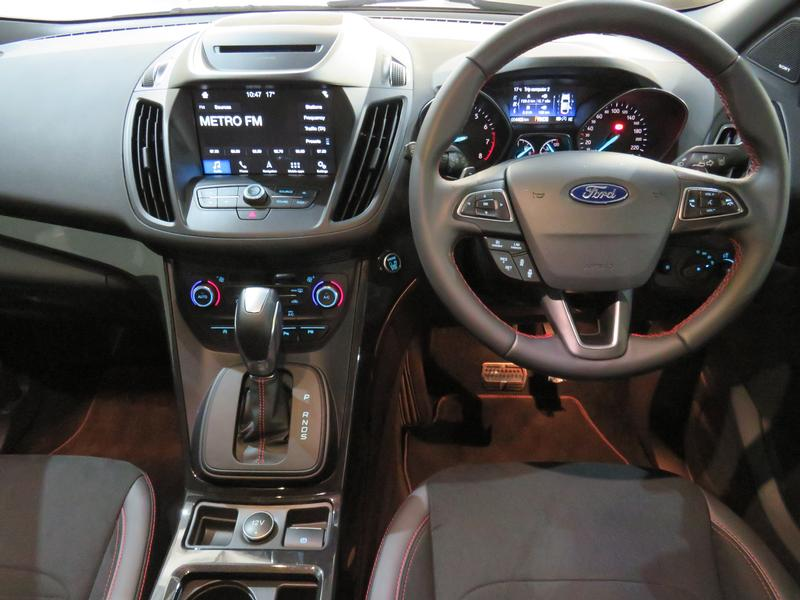 Ford Kuga 2.0 Ecoboost St-Line Awd At Image 13