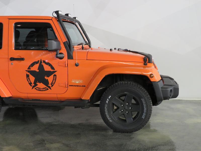 Jeep Wrangler 3.6 Sahara At Image 4