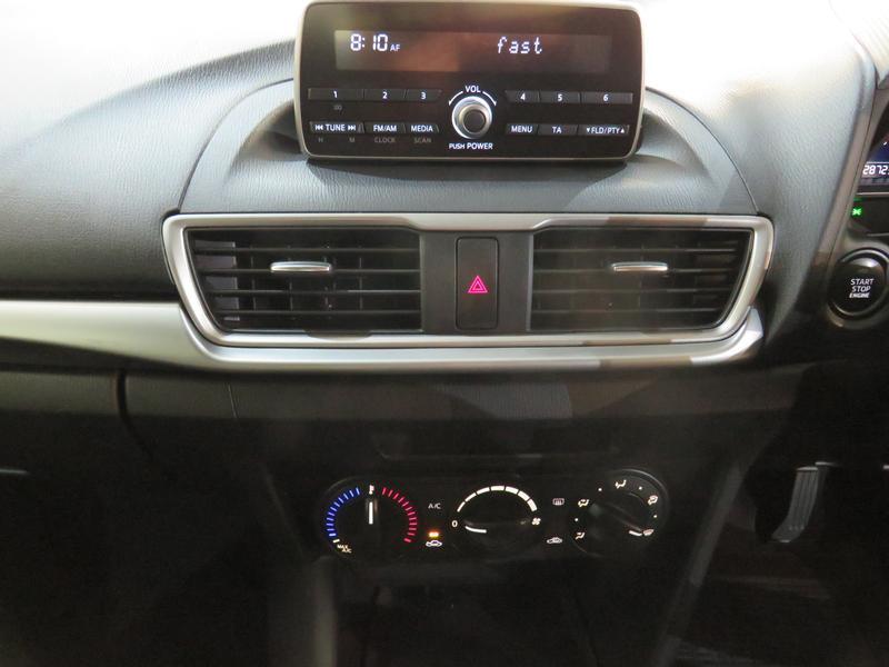 Mazda 3 1.6 Original 4-Door Image 10