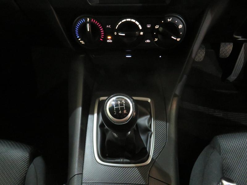 Mazda 3 1.6 Original 4-Door Image 11