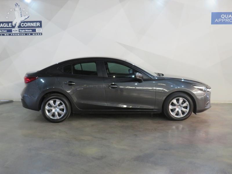 Mazda 3 1.6 Original 4-Door Image 2