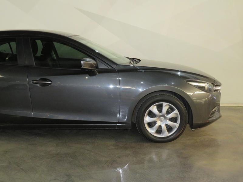 Mazda 3 1.6 Original 4-Door Image 4