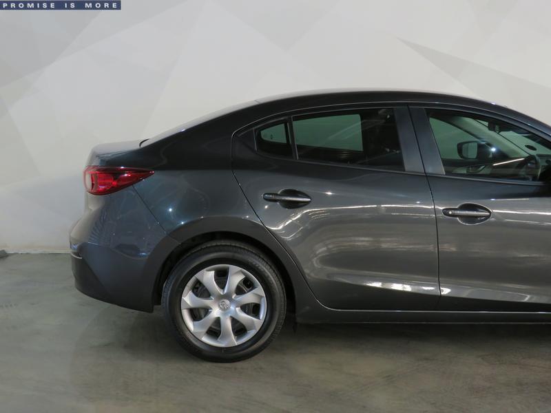 Mazda 3 1.6 Original 4-Door Image 5