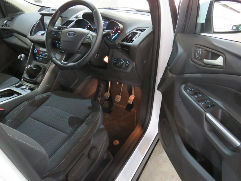 Ford Kuga 1.5 Ecoboost Ambiente Fwd Image 7