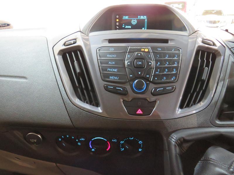 Ford Tourneo Custom 2.2 Tdci Swb Ltd Image 10