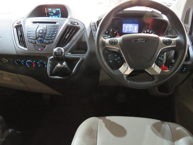 Ford Tourneo Custom 2.2 Tdci Swb Ltd Image 12