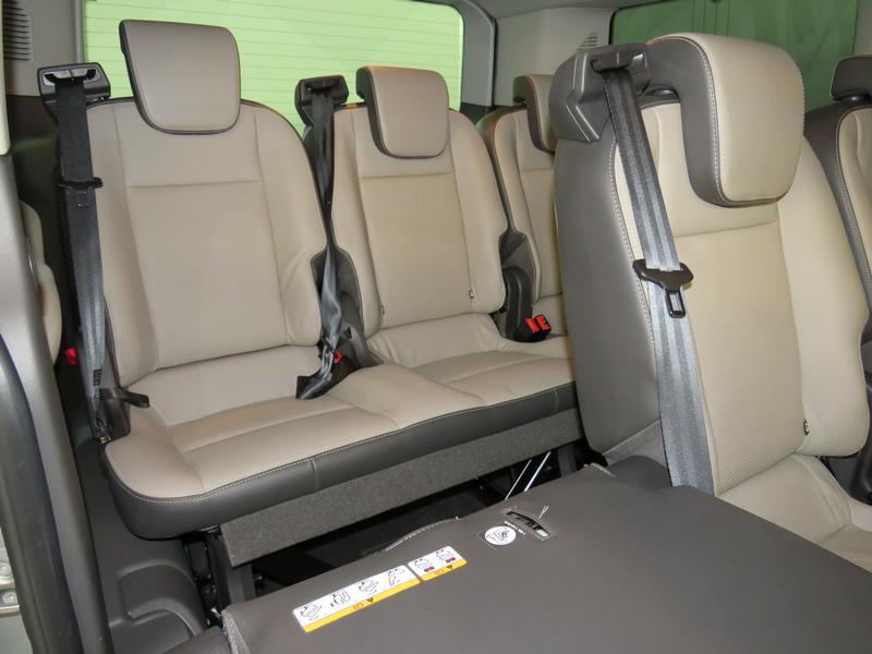 Ford Tourneo Custom 2.2 Tdci Swb Ltd Image 14