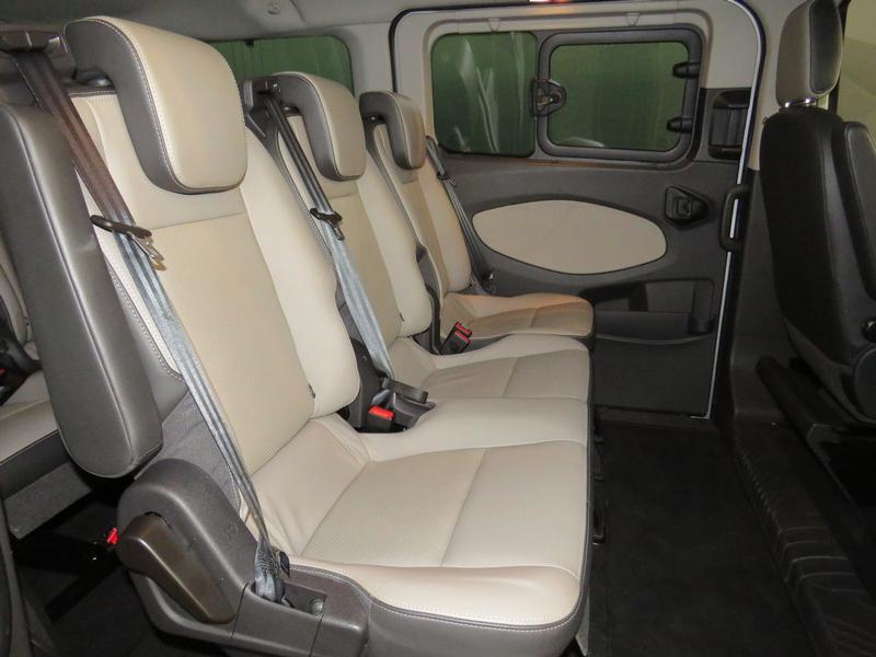 Ford Tourneo Custom 2.2 Tdci Swb Ltd Image 15