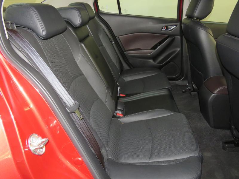 Mazda 3 2.0 Astina Plus 4-Door At Image 15