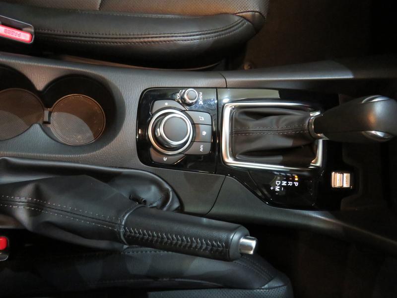 Mazda 3 2.0 Astina Plus 4-Door At Image 9