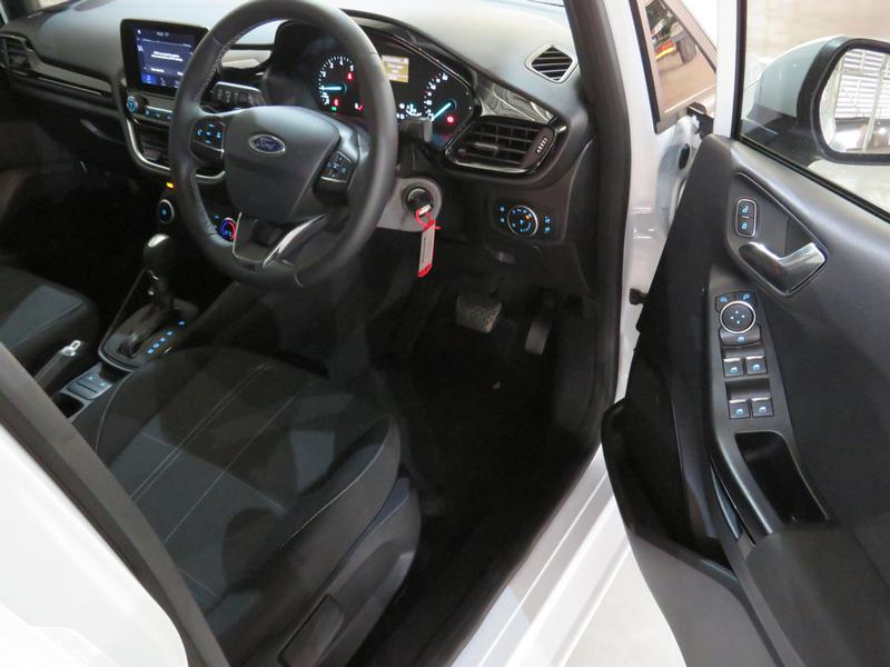 Ford Fiesta 1.0 Ecoboost Trend At Image 7