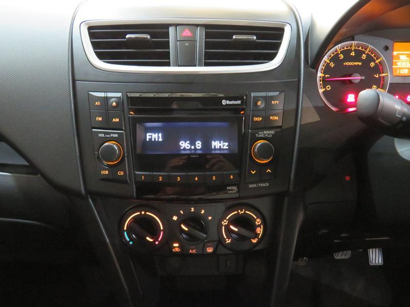 Suzuki Swift 1.2 Gl Image 10