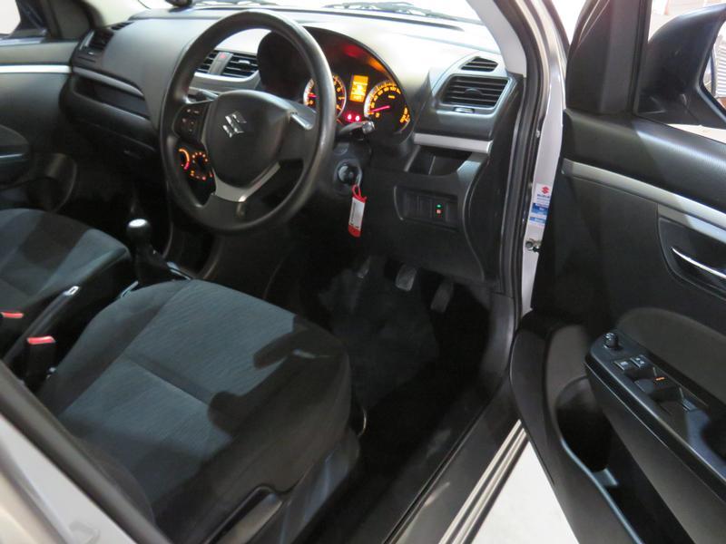 Suzuki Swift 1.2 Gl Image 7
