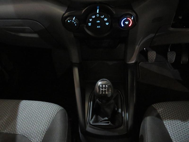 Ford Ecosport 1.5 Tivct Ambiente Image 11
