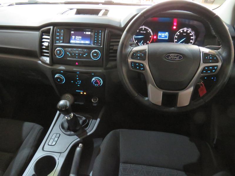 Ford Ranger 2.2 Tdci Xls 4X2 D/cab Image 13