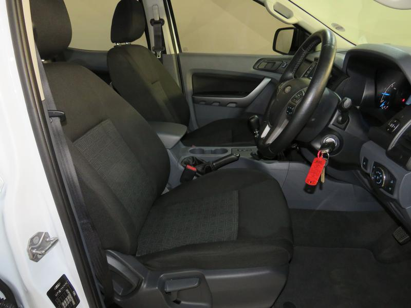 Ford Ranger 2.2 Tdci Xls 4X2 D/cab Image 8