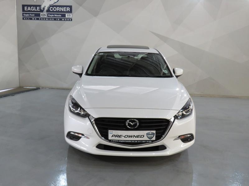 Mazda 3 2.0 Individual 4-Door At Image 15