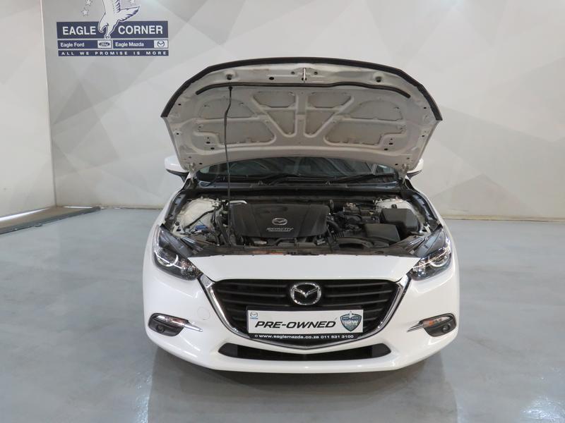 Mazda 3 2.0 Individual 4-Door At Image 16