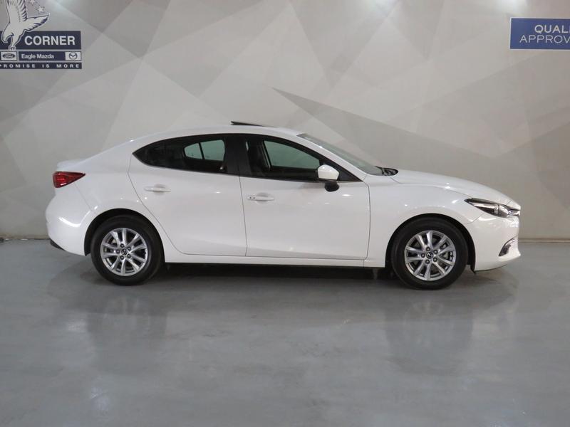Mazda 3 2.0 Individual 4-Door At Image 2