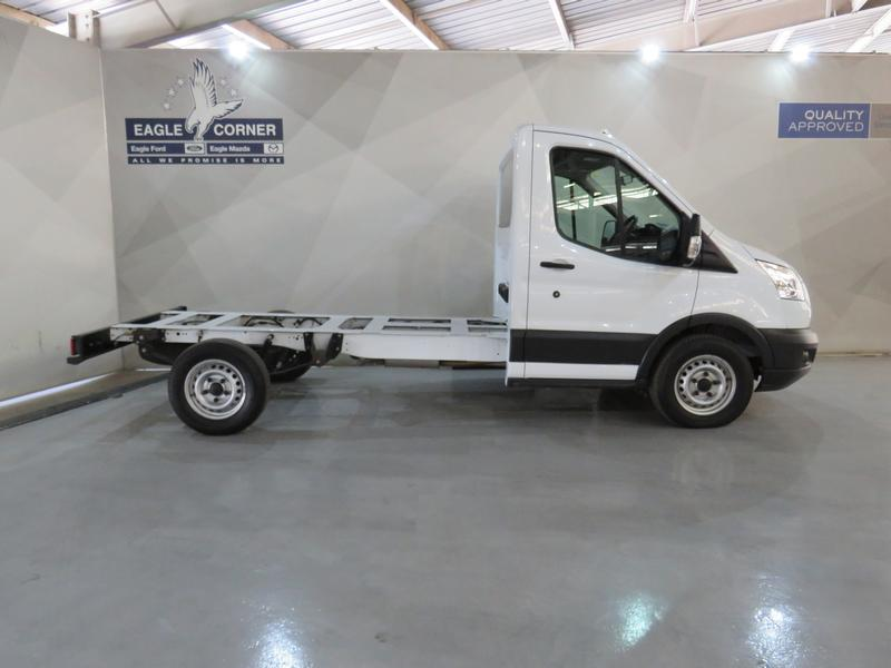 Ford Transit 2.2 Tdci Chassis Cab 330 Mwb Image 2