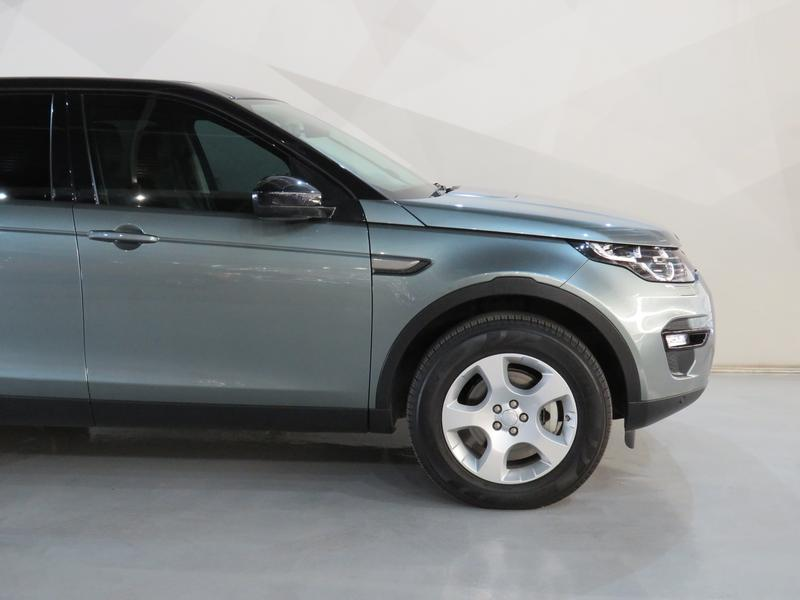 Land Rover Discovery Sport 2.2 Sd4 Se At Image 4