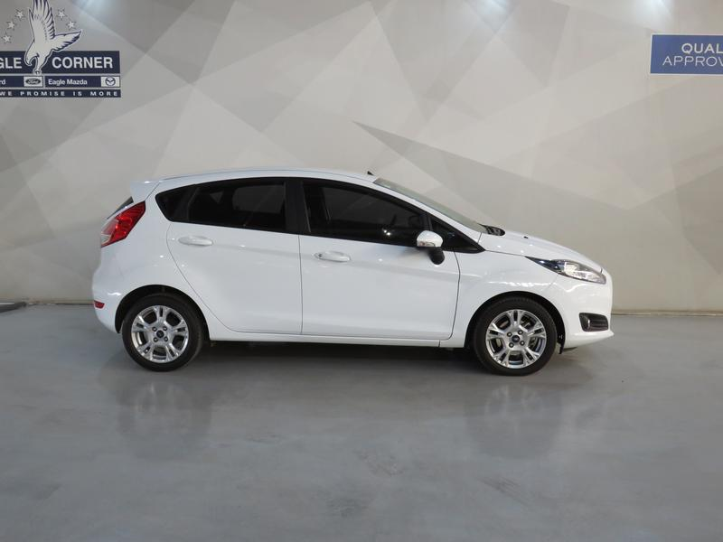 Ford Fiesta 1.0 Ecoboost Trend 5dr Image 2