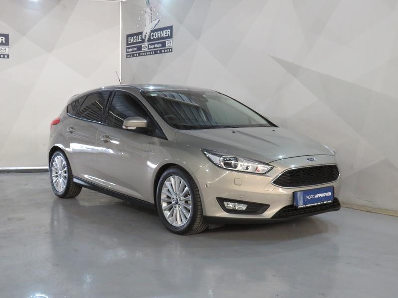 Ford Focus 1.5 Ecoboost Trend 5-Door Image 3