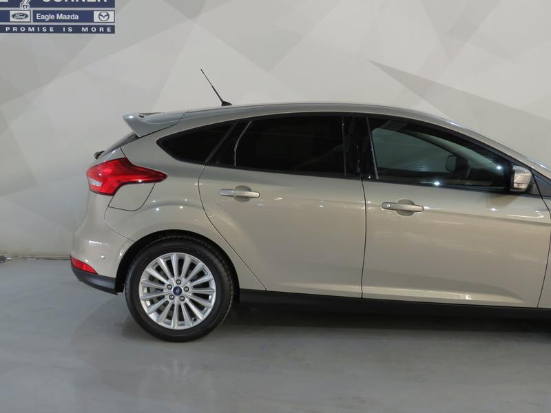 Ford Focus 1.5 Ecoboost Trend 5-Door Image 5
