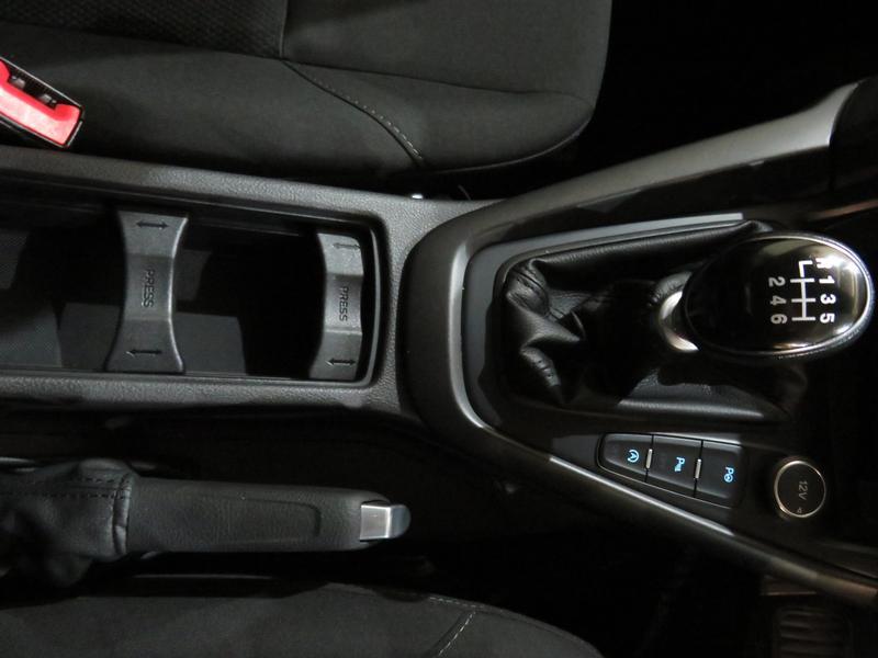 Ford Focus 1.5 Ecoboost Trend 5-Door Image 9