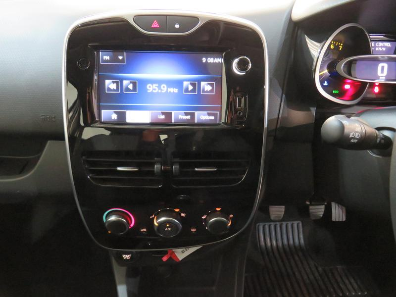 Renault Clio 4 0.9 Turbo Dynamique Image 10