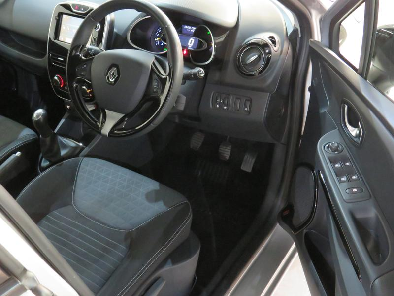 Renault Clio 4 0.9 Turbo Dynamique Image 7