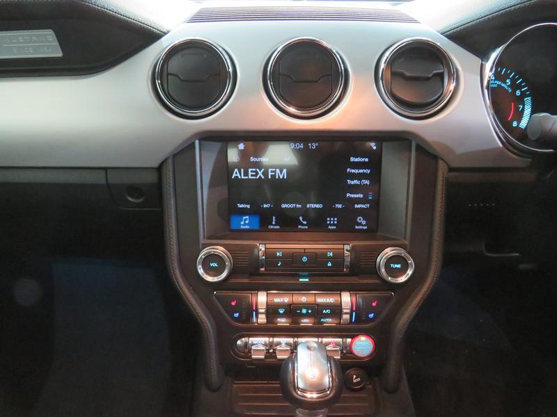Ford Mustang 5.0 Gt Convertible At Image 10
