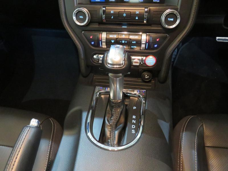 Ford Mustang 5.0 Gt Convertible At Image 11